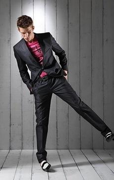 Nils-Butler-for-Love-Moschino-Pre-Collection-Spring-Summer-2011-Lookbook-MaleModelScene-25